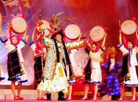 民族舞纳西姑娘_纳西族舞蹈的芦笙舞_纳西族文艺_中国民族网